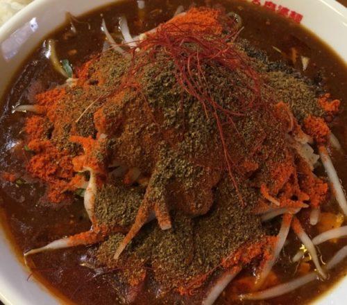 辛っとろ麻婆麺「赤ずきん」拡大図