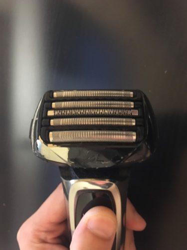 既に所有している髭剃りラムダッシュ5枚刃の外刃部分